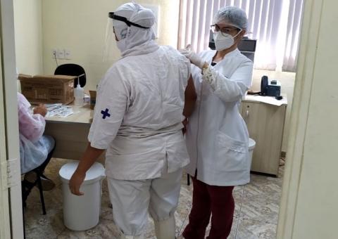 Pif Paf vacina colaboradores contra a gripe