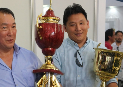 Granjas campeãs de Bastos recebem troféus do Concurso de Qualidade
