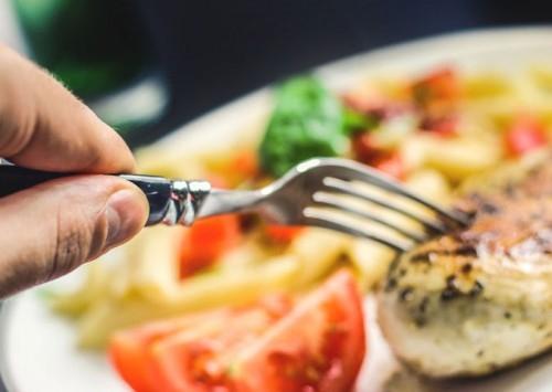 Carne de frango cresce na demanda por proteína animal no país