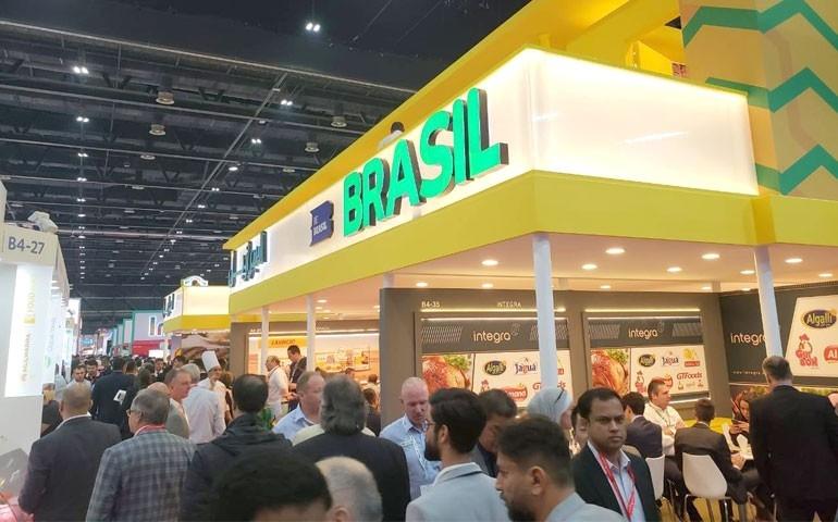 Ação da ABPA em Dubai gera US$660 milhões nos próximos 12 meses